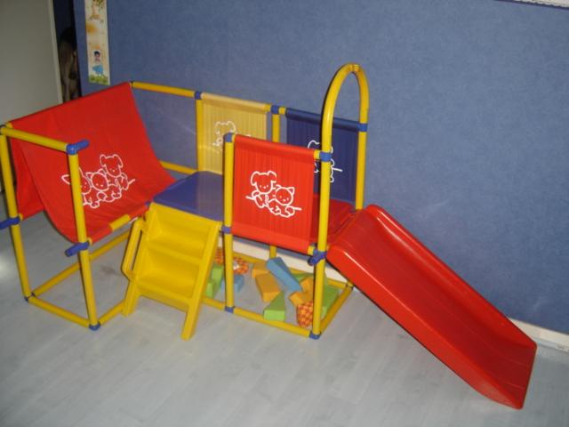Pour noel aire de jeux avec toboggan exterieur interieur annonces forum vie pratique - Toboggan d interieur ...