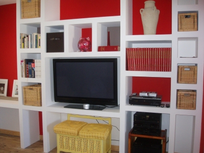 meuble tv en carreau de platre resine de protection pour. Black Bedroom Furniture Sets. Home Design Ideas