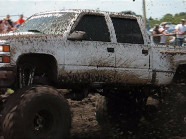 Bandit Mud Racing