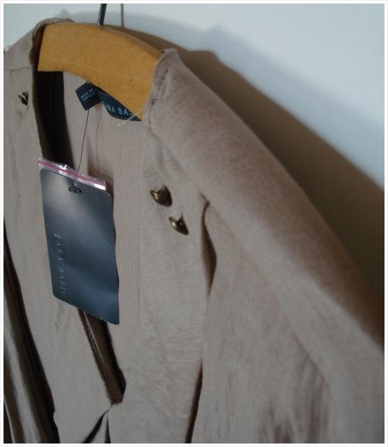 http://i21.servimg.com/u/f21/12/01/91/45/blouse12.jpg