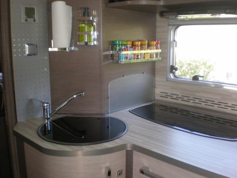 je vends mon camping car. Black Bedroom Furniture Sets. Home Design Ideas