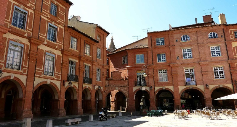 Montauban , place nationale