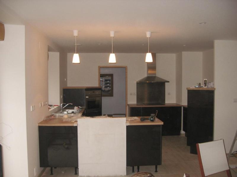 Conseil carrelage peinture sam salon cuisine page 2 - Photo peinture salon 2 couleurs ...