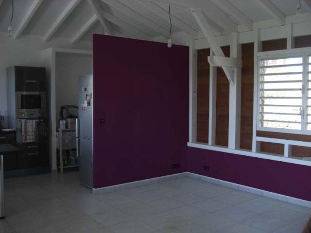 Mur peint couleur aubergine - Peinture couleur aubergine ...