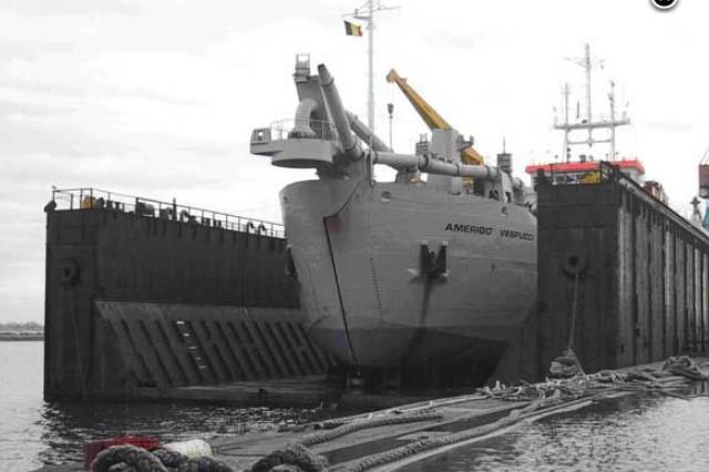 dock_f10.jpg