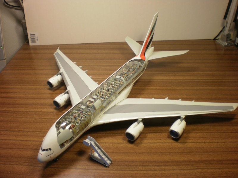 A380 800 emirates interieur visible 1 144 revell twosixdecal for Interieur airbus a380