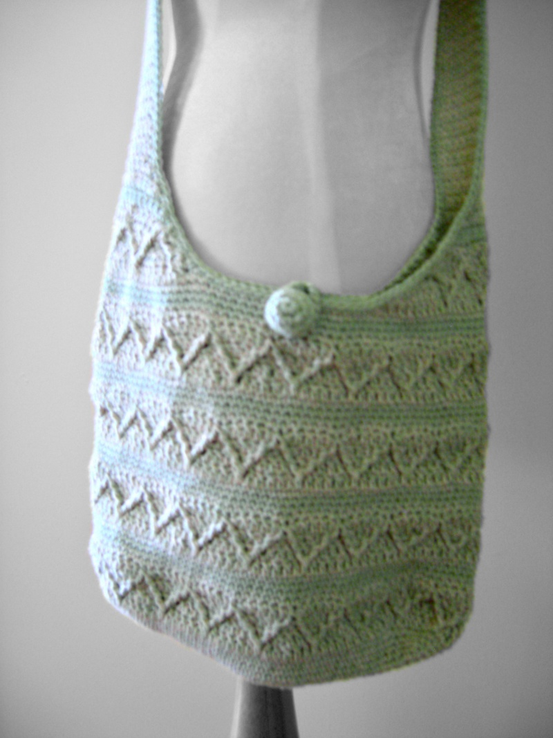 Crochet Shoulder Bag Pattern Free : Free Crochet Shoulder Bag Pattern - Shoulder Travel Bag