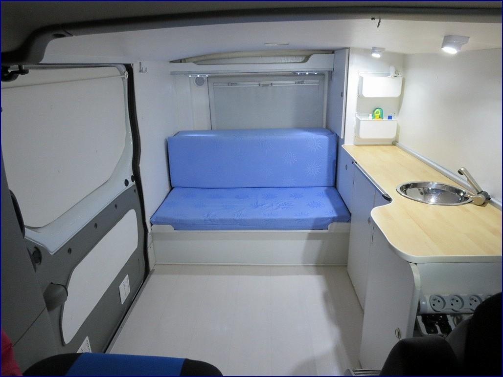 transformer un trafic 3 en camping car c est facile trafic renault forum marques. Black Bedroom Furniture Sets. Home Design Ideas