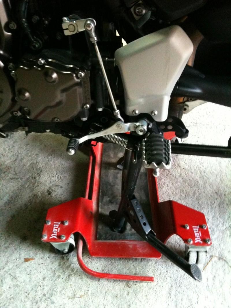 ranger sa moto dans le garage page 2. Black Bedroom Furniture Sets. Home Design Ideas