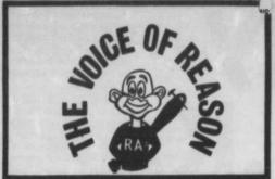 La voix de la raison (sur le T-Shirt de l'homme tenant une batte cloutée figurent les initiales de la Red Action Skinhead). Extrait du n°64 du journal Red Action.