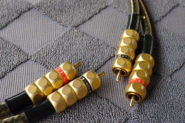 WireWorld Eclipse II RCA Interconnect Cable (Used) SOLD