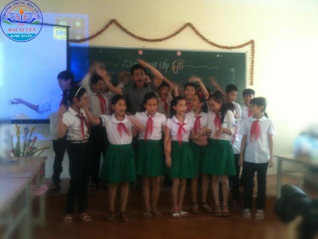 Trường THCS Đại Xuyên tổ chức hoạt động chào mừng ngày giải phóng thủ đô