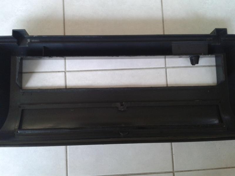 Bricolage clairage pacific 80 1t8 18w en 2 t5 24w for Couvercle pour aquarium